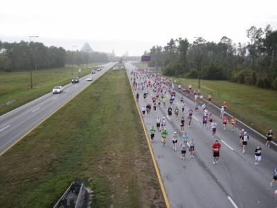 Photo illustrating <font size=1>WDW Marathon 2008