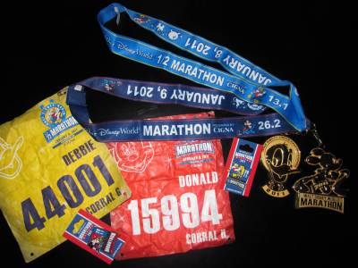 Photo illustrating <font size=1>Disney Half &amp; Disney Marathon Medals