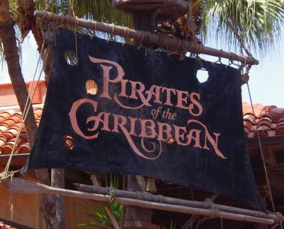 Photo illustrating <font size=1>Entrance to Pirates of the Caribbean
