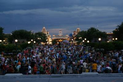 The Crowded View for SpectroMagic from Cinderella's Castle photo