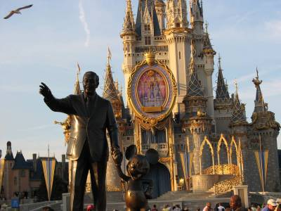 Photo illustrating Magic Kingdom - Walt and Mickey (Partners Statue)