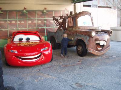 Photo illustrating <font size=1>Stopping to say hello to Mater