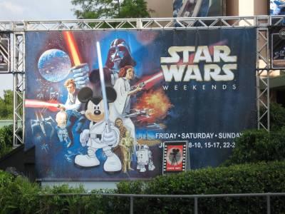 Photo illustrating <font size=1>Disney Hollywood Studios - Star Wars Weekend sign