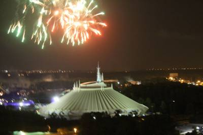 Photo illustrating Fireworks from California Grill