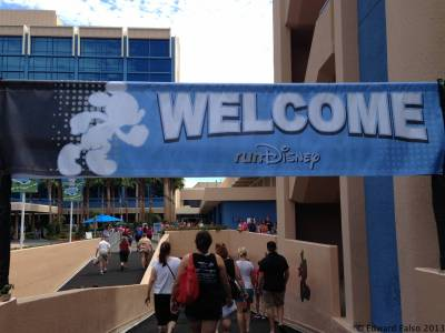 Photo illustrating <font size=1>Disneyland Half Marathon Weekend 2013 - Welcome Banner