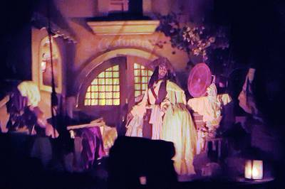 Photo illustrating <font size=1>Disneyland New Orleans Square Pirates of the Caribbean Captain Jack Sparrow