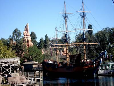 Disneyland - Frontierland photo