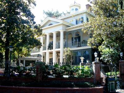 Disneyland - Haunted Mansion photo