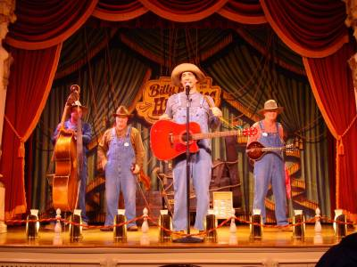 Photo illustrating <font size=1>Frontierland - Billy Hill and the Hillbillies