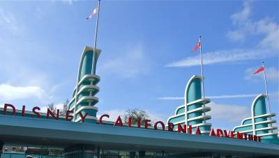 Photo illustrating <font size=1>The Disney California Adventure Marquee