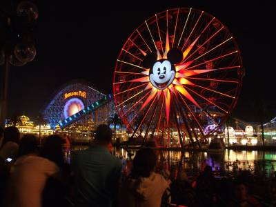 Photo illustrating Paradise Pier - view from World of Color Red Viewing Zone