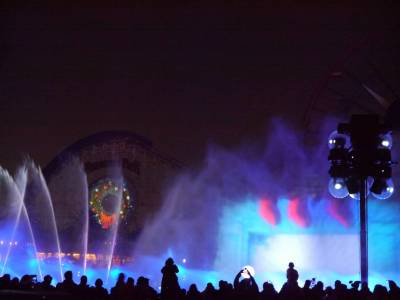 Photo illustrating <font size=1>California Adventure - World of Color