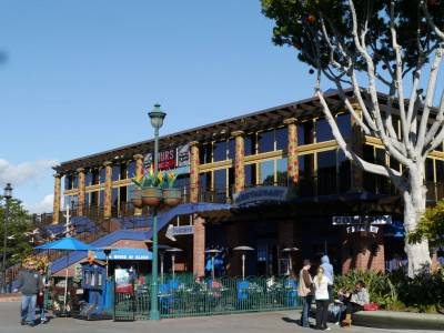 Photo illustrating <font size=1>Downtown Disney - House of Blues