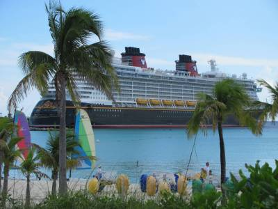 Photo illustrating Disney Dream at Castaway Cay