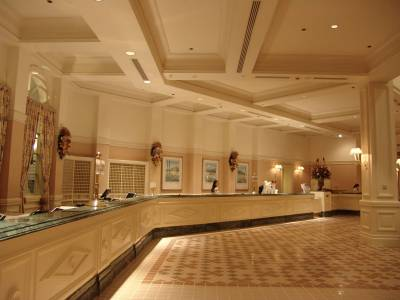 Photo illustrating <font size=1>Grand Floridian - lobby check in