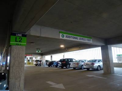 Photo illustrating <font size=1>Lime parking garage