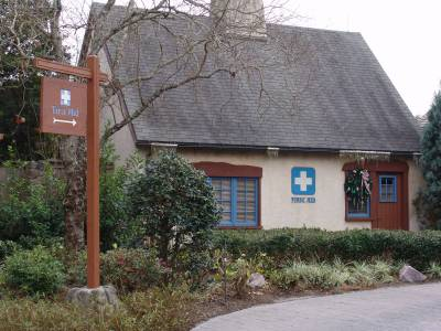 Blizzard Beach - first aid center