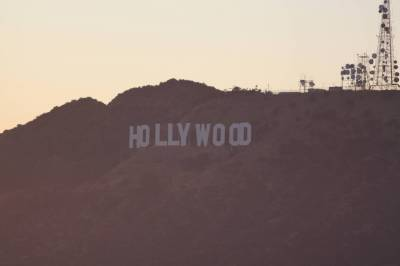 Photo illustrating <font size=1>Hollywood sign from Griffith Observatory - Los Angeles