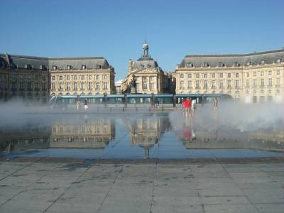 Bordeaux - Place de la Bourse photo