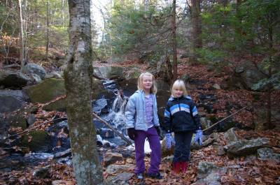 Hunting for a cache in Brimfield, MA photo