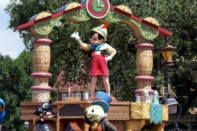Photo illustrating <font size=1>Celebrate a Dream Come True Parade Pinocchio