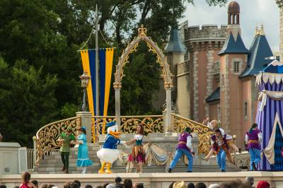 Photo illustrating <font size=1>Magic Kingdom - Dream Along with Mickey Show
