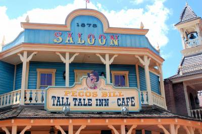 Photo illustrating <font size=1>Pecos Bill Tall Tale Inn and Cafe