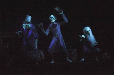 Photo illustrating <font size=1>Hitchhiking Ghosts