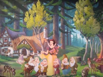 Photo illustrating <font size=1>Snow White & The Seven Dwarfs
