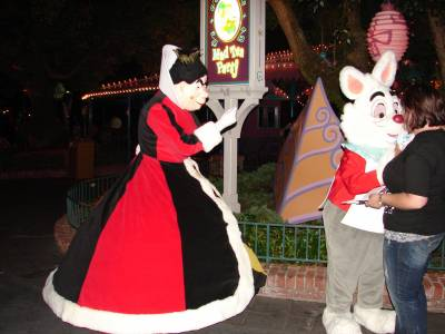 Photo illustrating Queen of Hearts and White Rabbit
