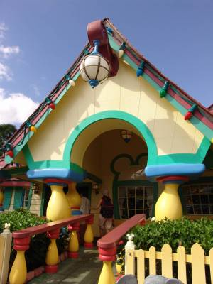 Magic Kingdom - Mickey's House exterior photo