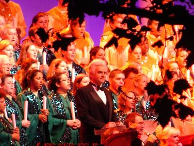 Photo illustrating Candlelight Processional