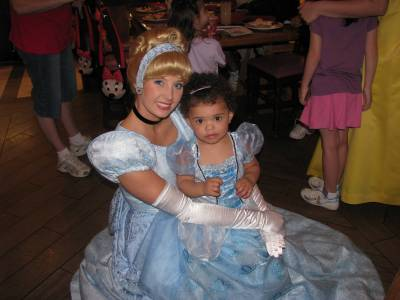 Photo illustrating <font size=1>Cinderella and Lorianne