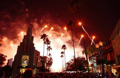 Photo illustrating <font size=1>Symphony in the Stars - Hollywood Studios