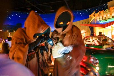 Photo illustrating Star Wars Galactic Breakfast 09 Jawas