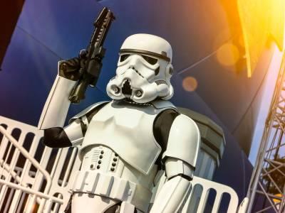 Photo illustrating <font size=1>Star Wars Weekends Stormtrooper