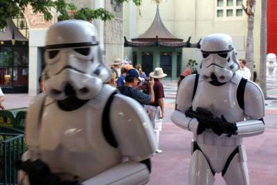 Photo illustrating <font size=1>Storm Troopers 3