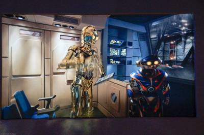 Photo illustrating <font size=1>Star Tours 09 Welcome by C3P0