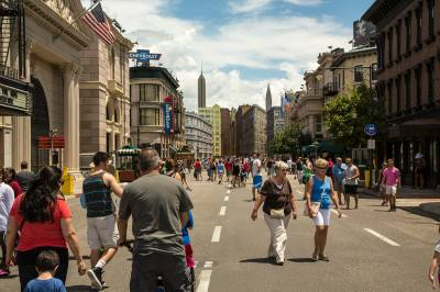 Photo illustrating DHS - Streets of America