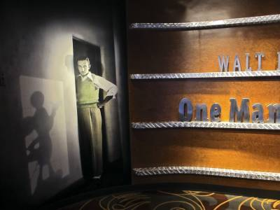Photo illustrating Disney Hollywood Studios - One Man