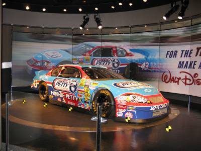 Richard Petty Car photo