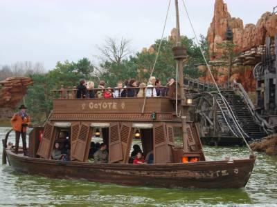 Disneyland Paris River Rogue Keelboats Passporter Photos