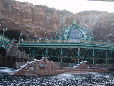 Tokyo DisneySea - Nautilus submarine