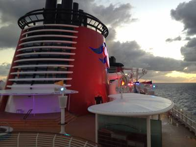 Photo illustrating <font size=1>Caribbean Sunrise