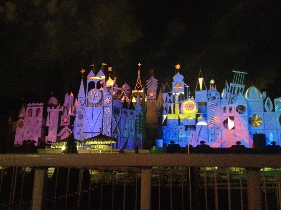Learn more about Amy Wear's trip to Disneyland | PassPorter.com