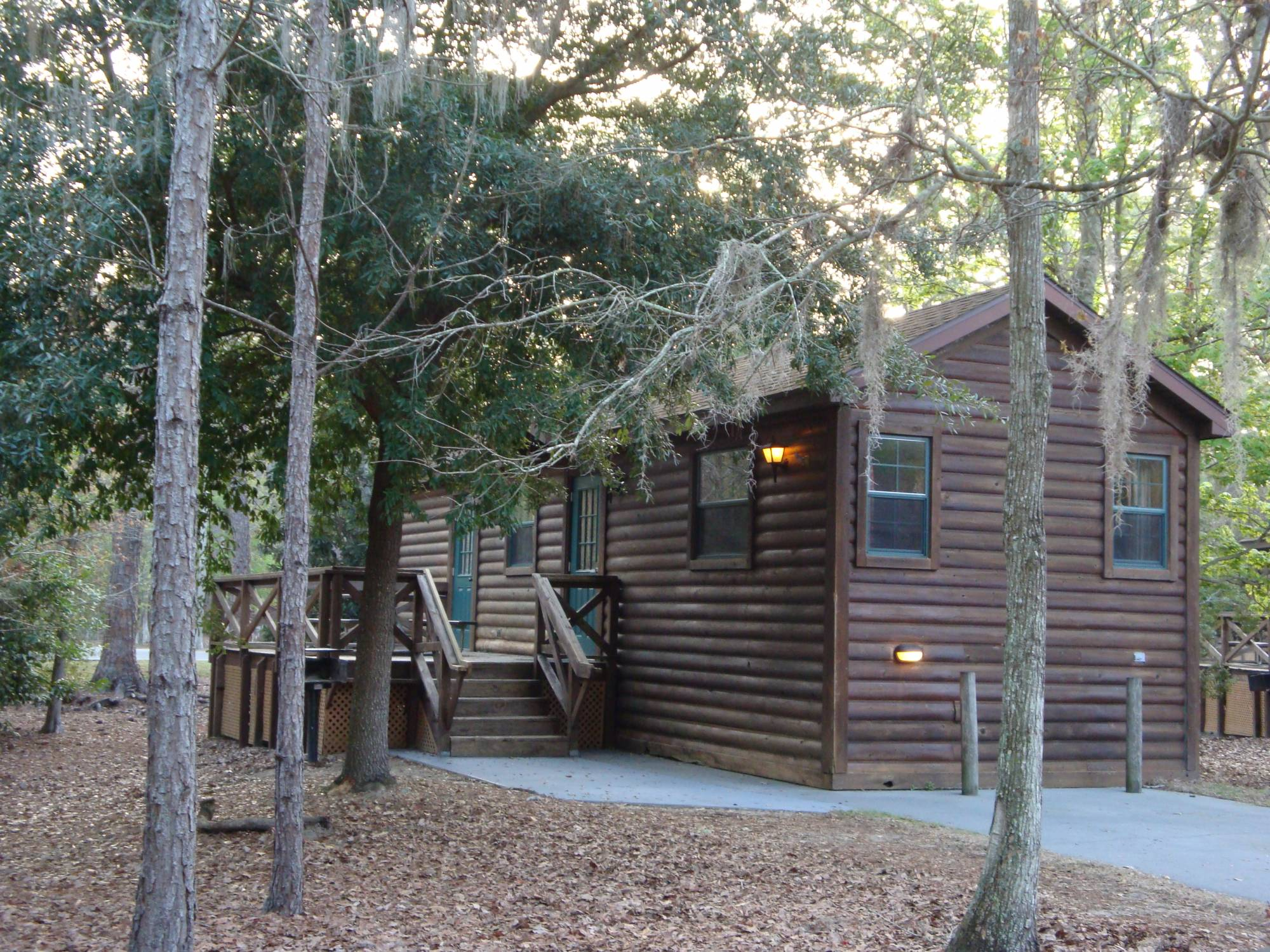 Discover the cabins at Disney's Fort Wilderness Resort and Campground |PassPorter.com