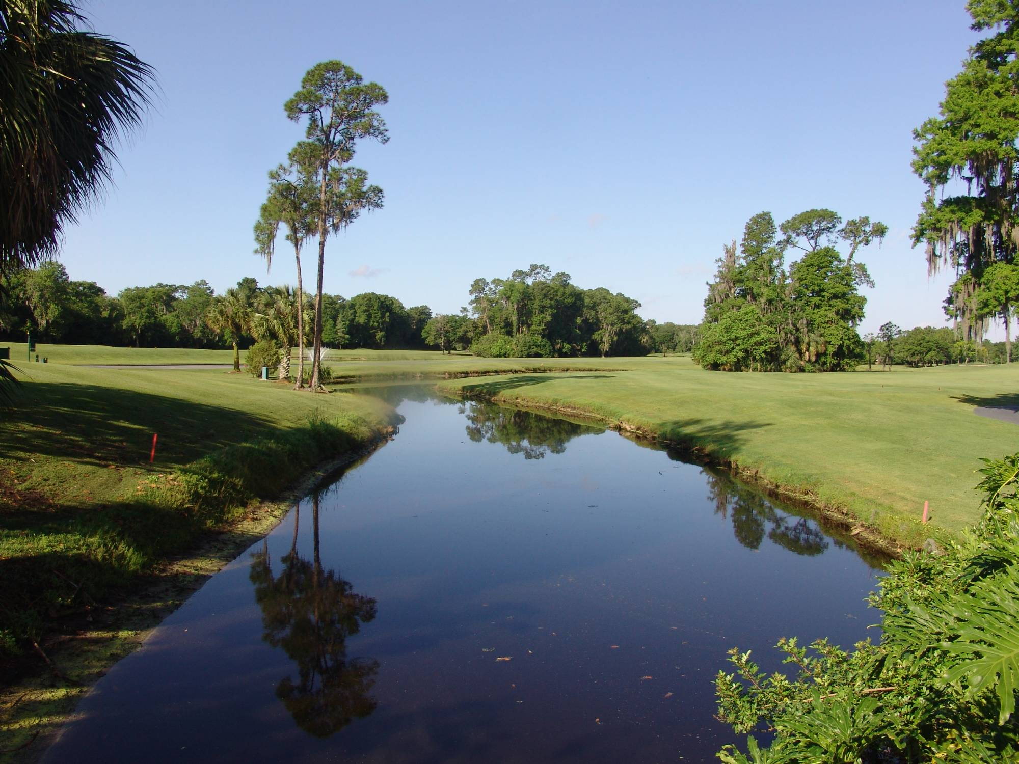 Golf - water traps photo