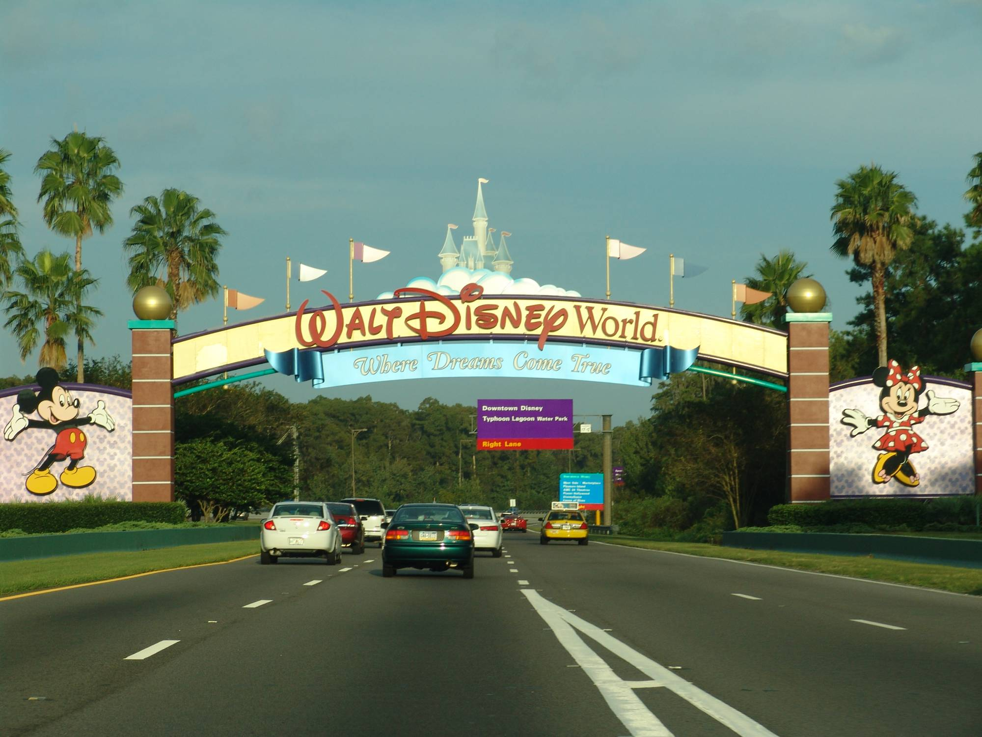 When does your Disney vacation officially begin? |PassPorter.com