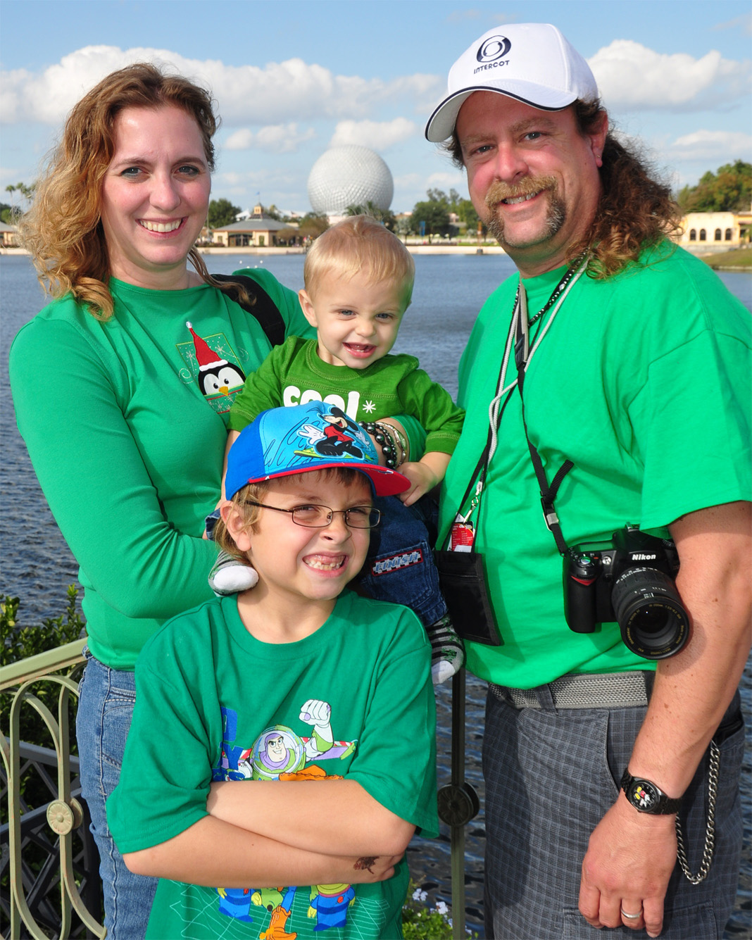 Capture every memory with Disney's PhotoPass Service | PassPorter.com