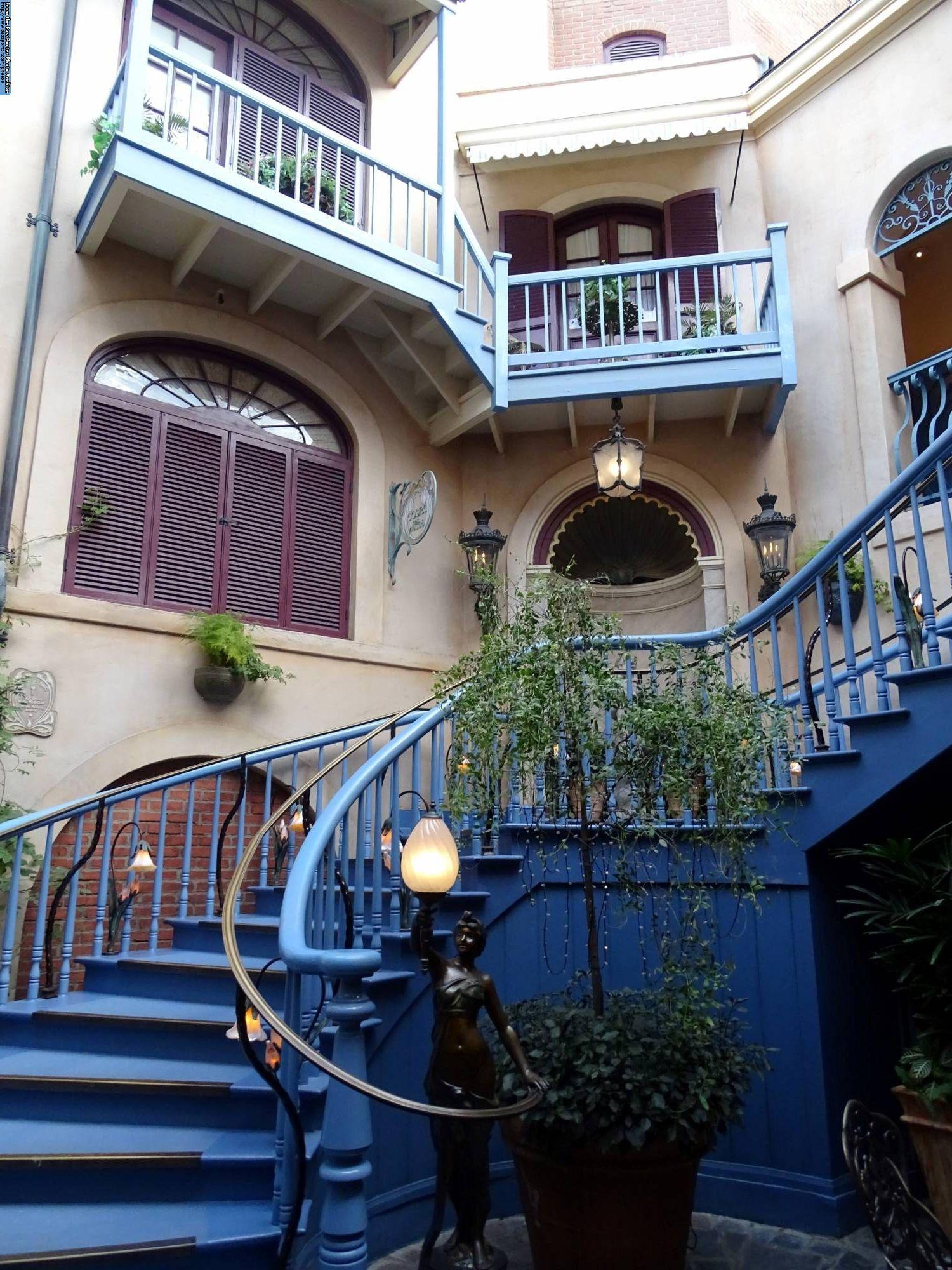 Explore the secret Club inside Disneyland |PassPorter.com